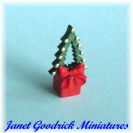 Small Dolls House Christmas Tree Decoration
