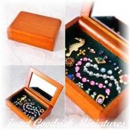 Dolls House Jewellery Case