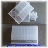 A4 Storage Box with 16 Containers