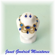 Elaborate Jewellery Bust